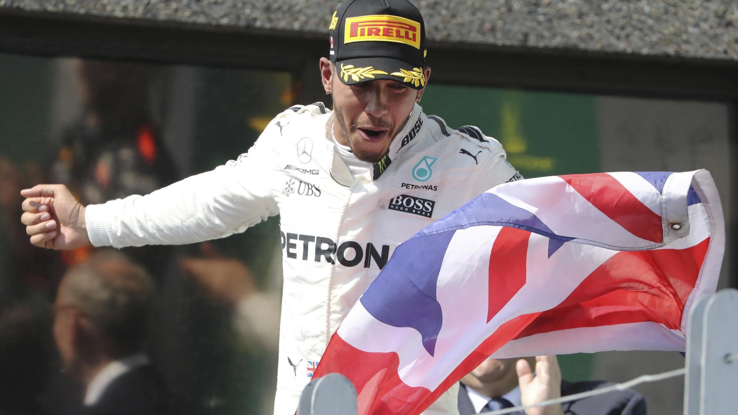 Hamilton wins third straight Canadian Grand Prix, Canada's Stroll gets first points